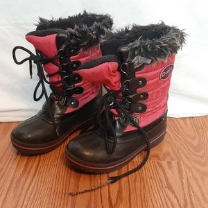 Other - Little girls size 13 sbow boots. Q4